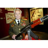 Ontwerper van de AK-47 Kalasjnikov (94) overleden